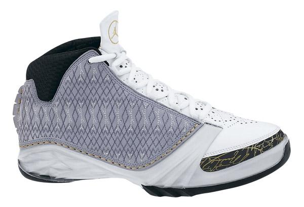Basketballschuhe: Nike Air Jordan 23